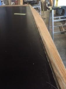 Voilier Mor Bihan rénovation, La table à carte en cours de refit !